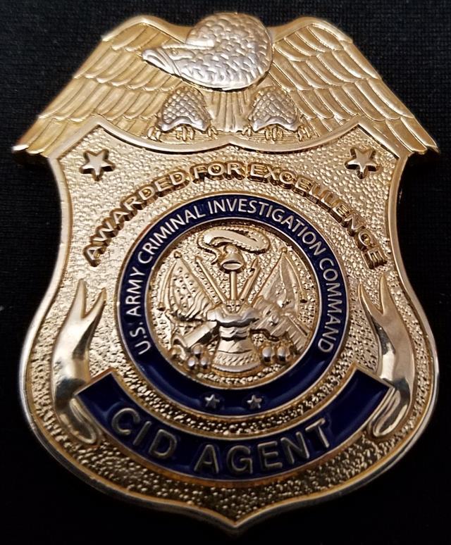 Risultati immagini per federal agent